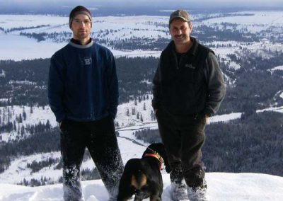 photo_332_cougar-ynx-bobcat-wolf-guided-hunting-trips-in-british-columbia